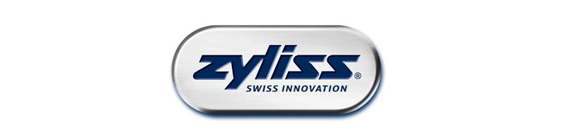 Fabricant suisse d'ustensiles de cuisine, Zyliss propose des produits fonctionnels aux petits détails techniques bien pensés, faciles à utiliser tel que le fameux éplucheur à tomates.